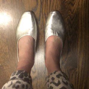 Dolce Vita silver slides
